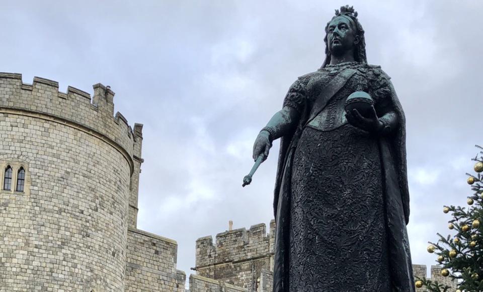 Queen Victoria Statue Windsor Castle